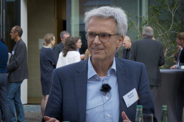 Video-Vorschaubild für das Interview mit Manfred Prenzel, Nationales Bildungsforum 2020