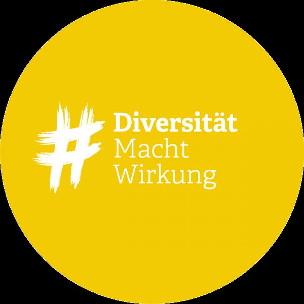 """Logo der Aktion """"DiversitätMachtWirkung – Schritt für Schritt zu mehr Diversität"""" der Initiative #VertrauenMachtWirkung"""